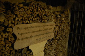 300px-Inscription_in_the_Catacombs_of_Paris.jpg